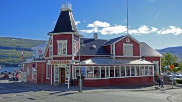 Flüge nach Akureyri
