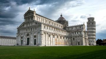 Flüge nach Pisa